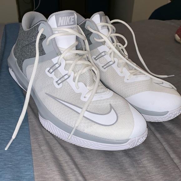 31ed0c2f60 Nike Shoes | Air Versitile Iii | Poshmark